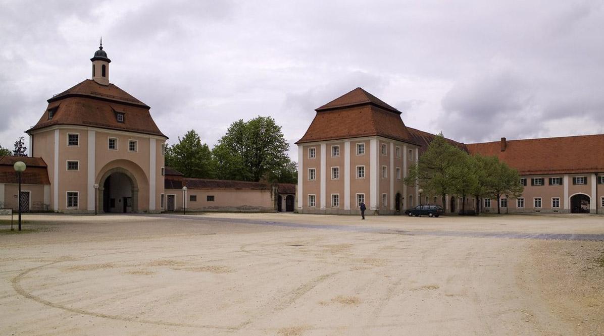 Innenhof des Kloster Wiblingen; Foto: Landesmedienzentrum Baden-Württemberg, Andrea Rachele