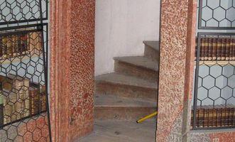 Treppenzugang in der Wiblinger Klosterbibliothek