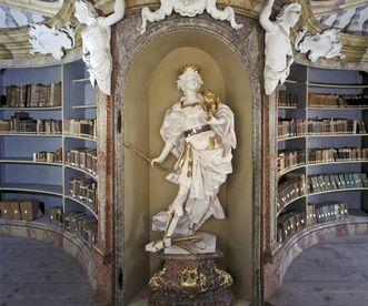 Nische mit Skulptur von Dominikus Hermenegild Herberger