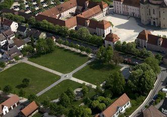 Luftbild des Gartens von Kloster Wiblingen
