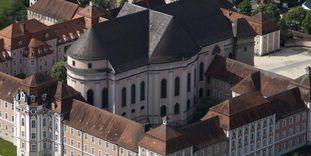 Luftansicht der Wiblinger Klosterkirche
